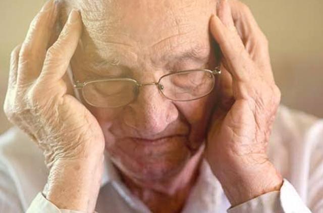 Demensia dan Alzheimer, apa bedanya?