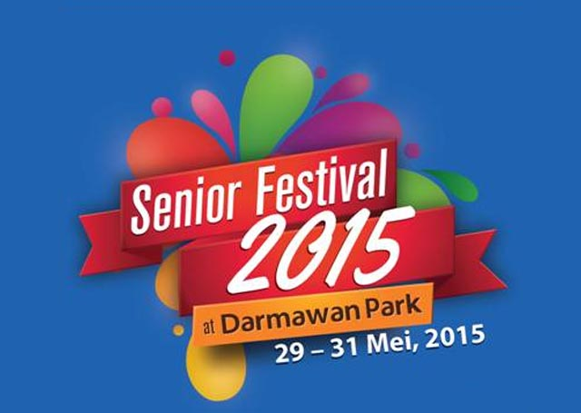 Logo senior festival warna merah background biru